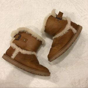 UGG | Leather Sherpa Short Boots Sz 6